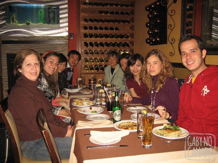 A turma do inglês! Foi um ótimo jantar!