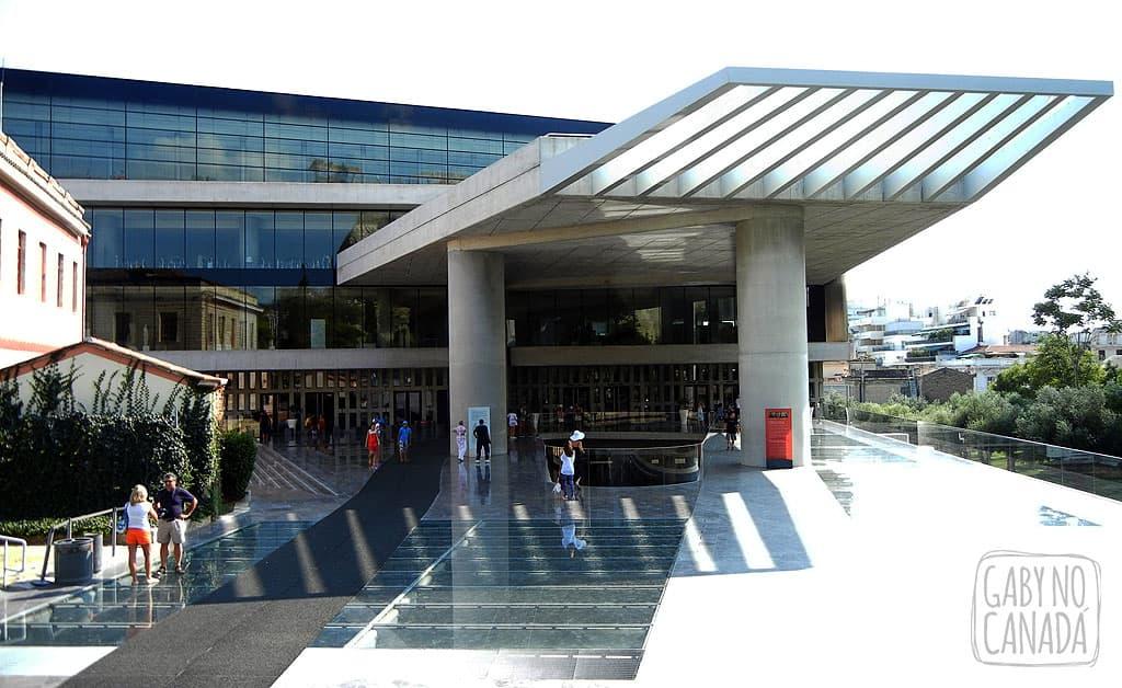 MuseumAcropole_gabynocanada2